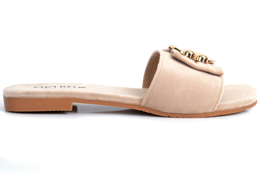 Shop from Sale at Metro Shoes Pakistan