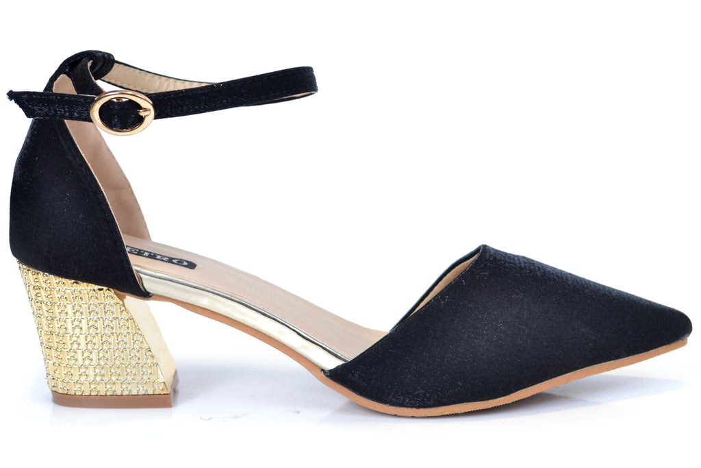 Shop at Metro Shoes Pakistan from Heels