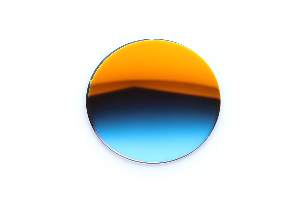 8.2 - Black Gradient, Orange Flash - Curve: 0