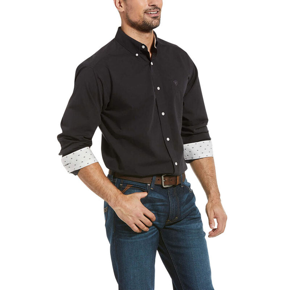 10032937 Ariat Men's Wrinkle Free Solid Pinpoint Oxford Classic Fit Shirt Black Long Sleeve