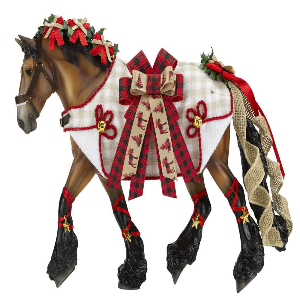700123 Yuletide Greetings 2020 Holiday Breyer Horse