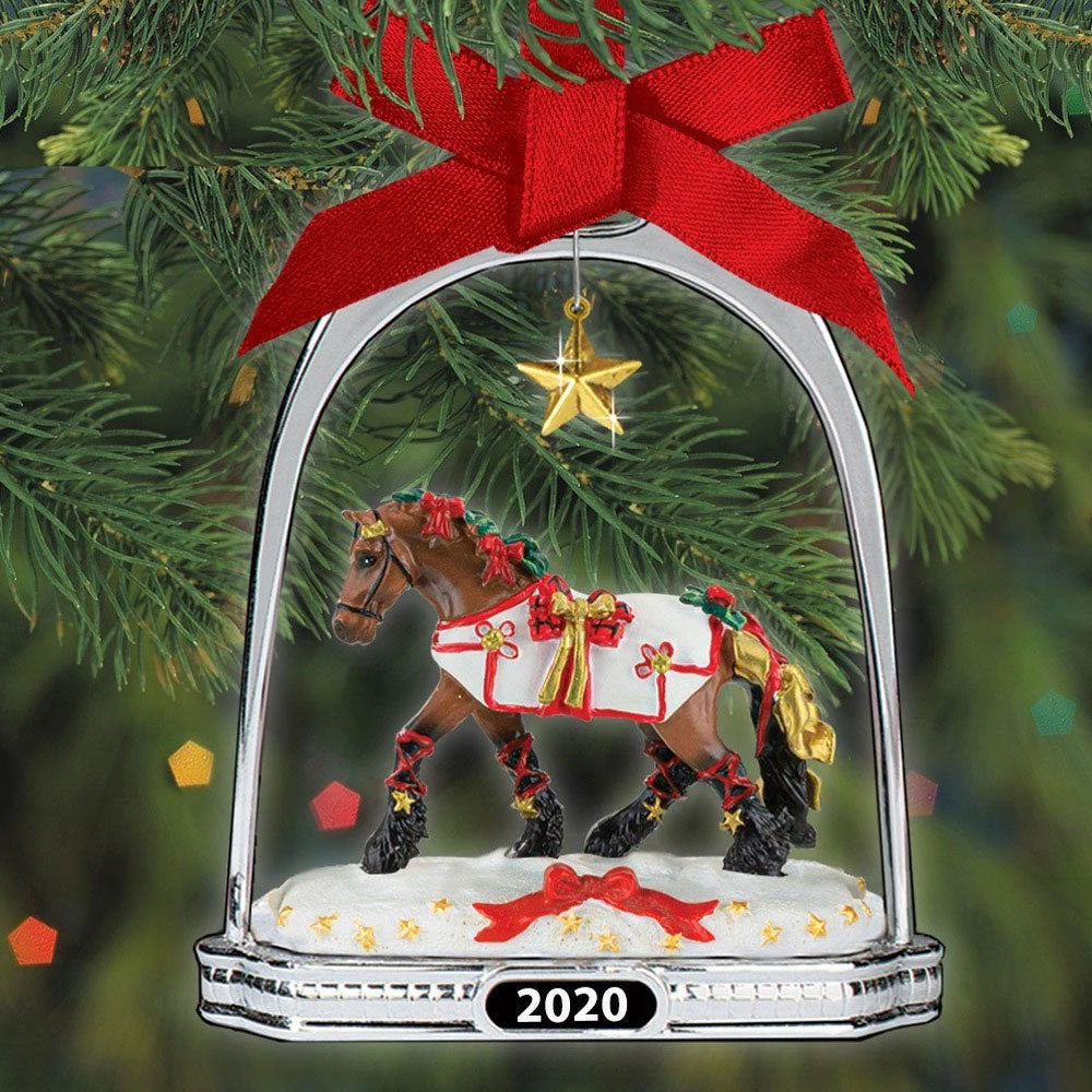 700321 Breyer 2020 Stirrup Ornament Yuletide Greetings Holiday Horse
