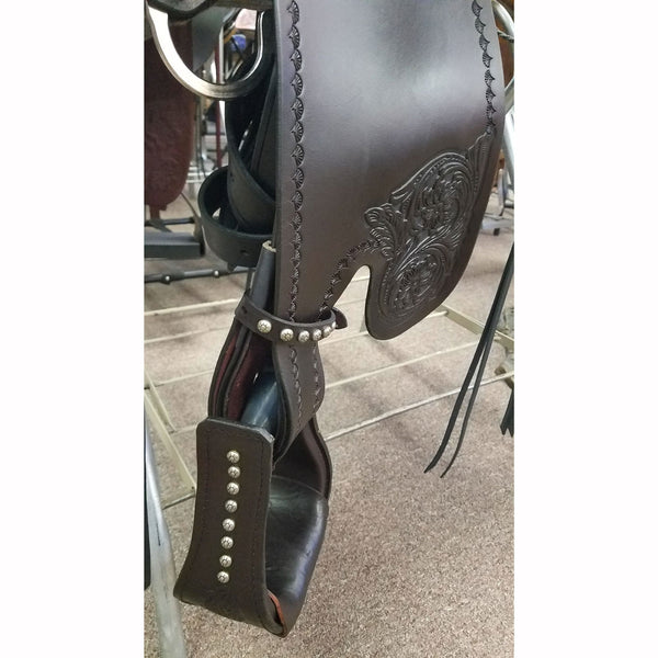 T60-621-9218-22A Tucker High Plains Trail Saddle 16.5 Inch Wide Brown Spot Package Upgrade