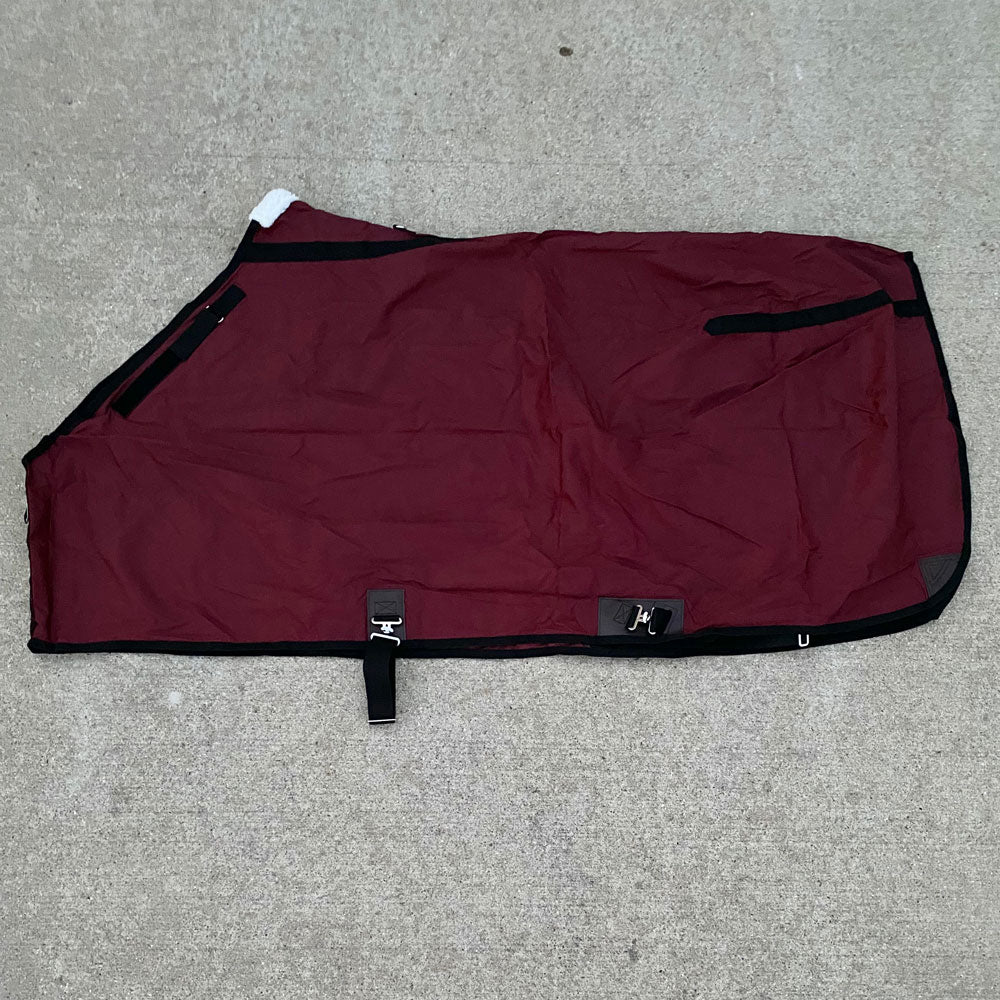 Wire Horse 420D Nylon Sheet with Adjustable Shoulder