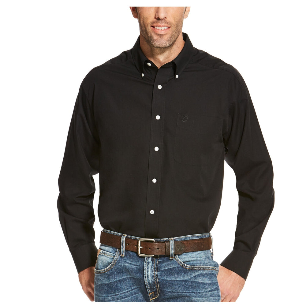 10020328 Ariat Men's Wrinkle Free Solid Western Shirt
