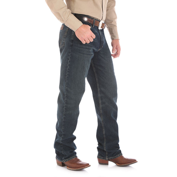 01MACRB Wrangler 20X  Men's 01 Competition Jean - Advanced Comfort Color: Root Beer