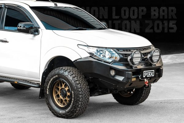 Piak ELITE Non Loop Bar For Mitsubishi Triton MQ