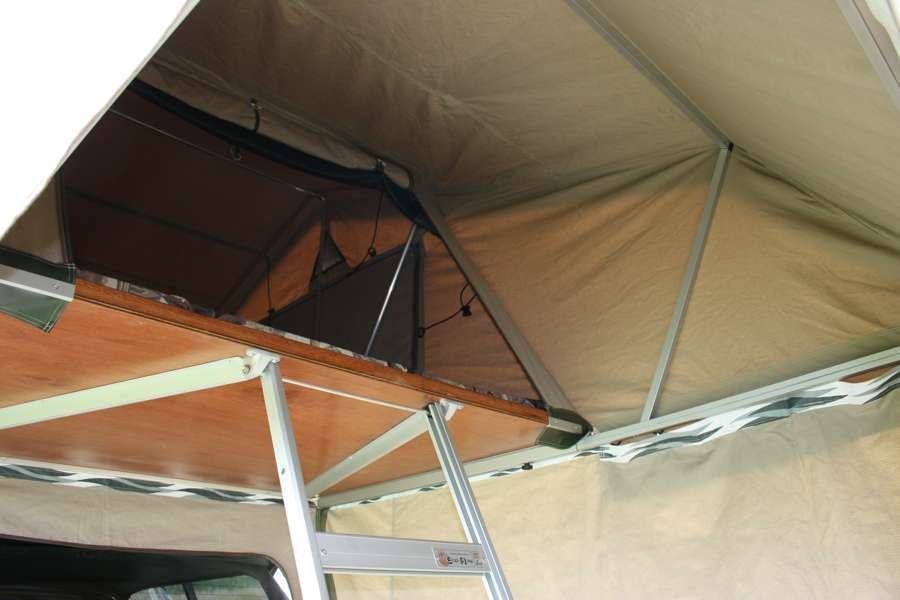 Eezi-Awn-T-Top-Xclusiv-Roof Top Tent Entrance View