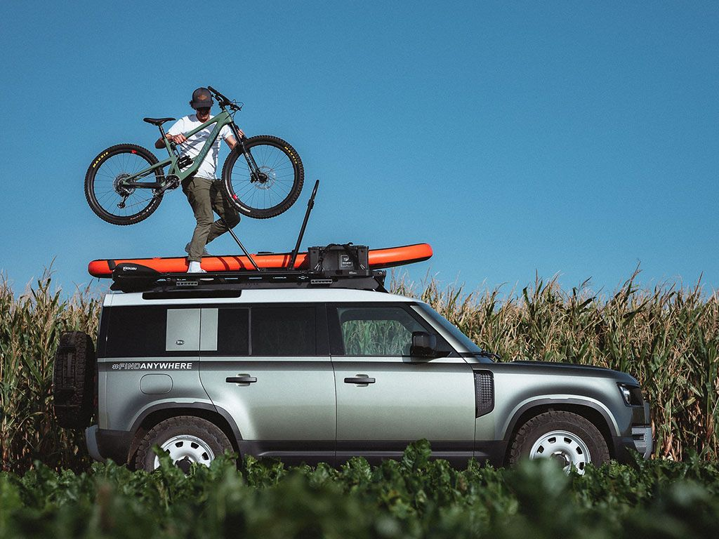 LAND ROVER NEW DEFENDER 110 SLIMLINE II ROOF RACK BY FRONT RUNNER OUTFITTERS INCLUDING VIEW WITH ACCESORIES