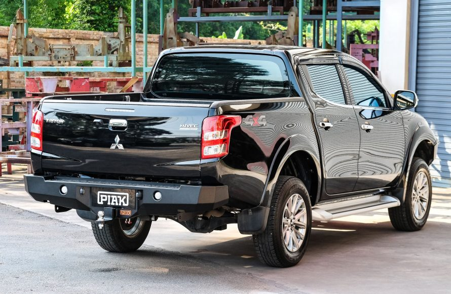 Piak Premium Rear Step Tow Bar For Mitsubishi Triton MQ 2015-2018