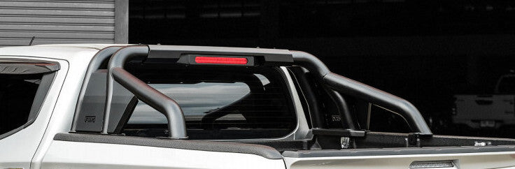 Piak RockRunner Sports Bar For Toyota Hilux 2015+