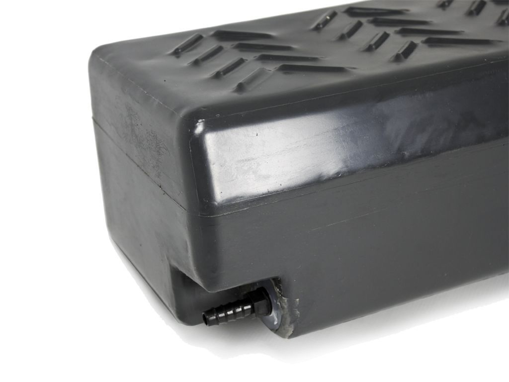 Front Runner Footwell Water Tank