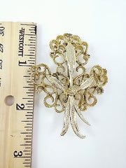Vintage Signed GERRY'S Pin/Brooch, Large Filigree Fleur Leaf Motif, Goldtone