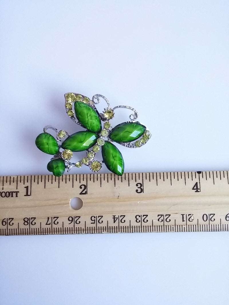 Sweet Butterfly Brooch Green Green Facet Cut Wing Accent w/ Peridot Colored Rhinestone