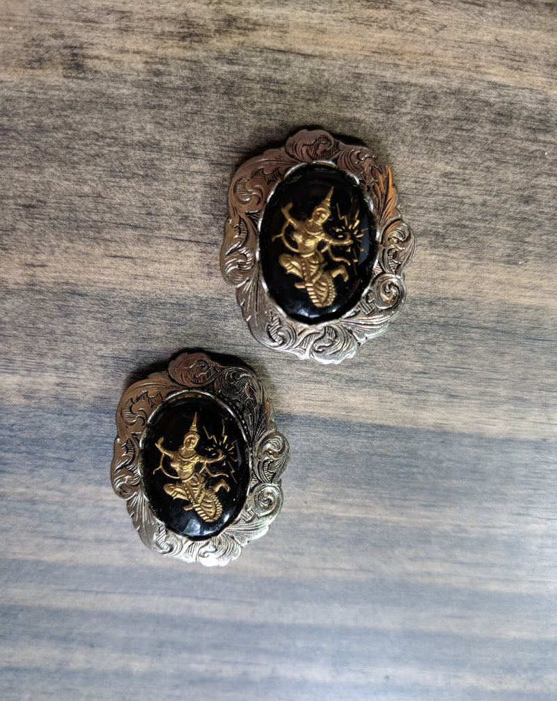 Vintage 60's Asian Inspired Clip Earrings