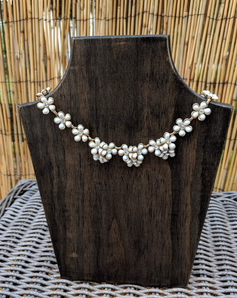 Vintage Necklace White Flower Choker
