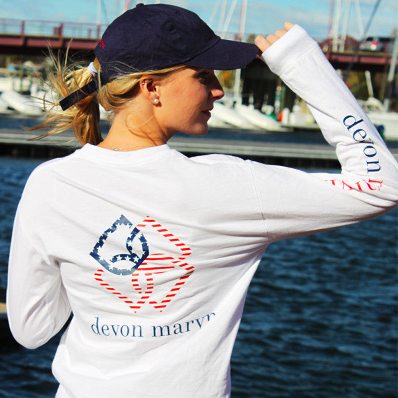 American Flag Logo T-shirt - Devon Maryn