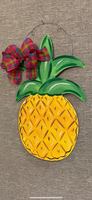 Pineapple Door Hanger