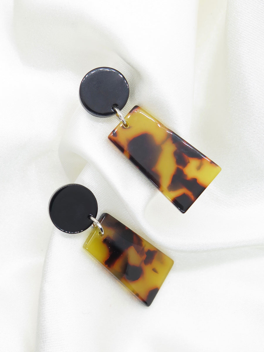 Tortoiseshell Resin Drop Earrings