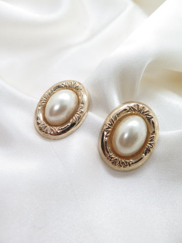 Vintage Gold Faux Pearl Earrings