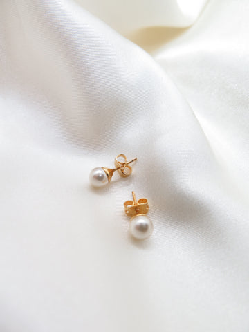 Vintage Gold Plate Faux Pearl Earrings