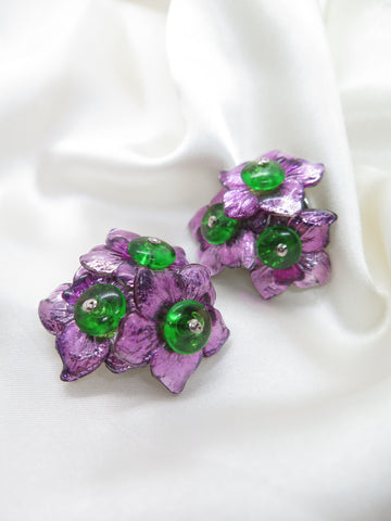 Vintage Flower Plastic Clip-On Earrings