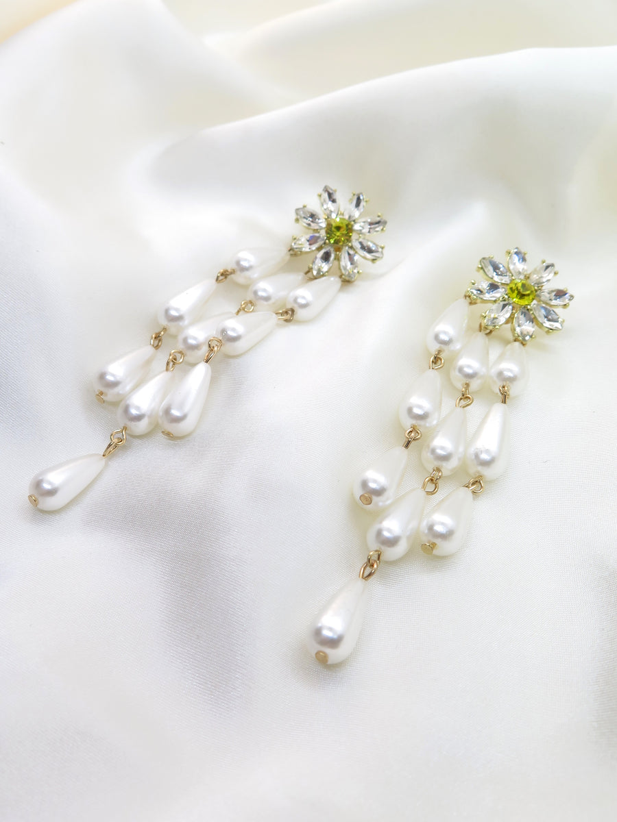 Daisy Diamante & Pearl Earrings
