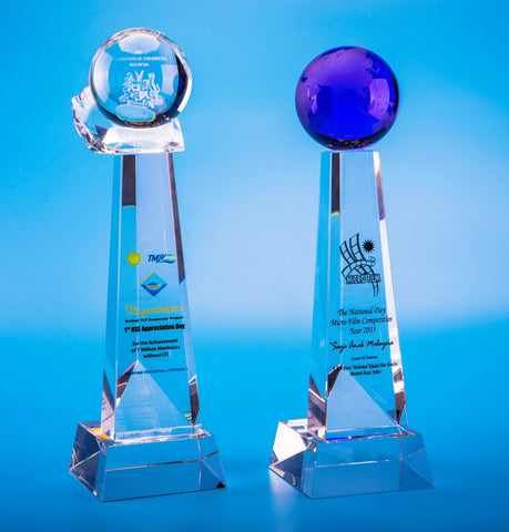Crystal Trophy | D5002 A/B - D One Crystal Award Trophy Malaysia