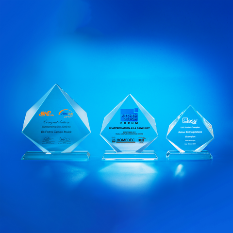 Crystal Plaque | D5058 A/B/C - D One Crystal Award Trophy Malaysia