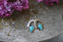 Load image into Gallery viewer, Arches Earrings