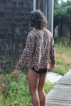 Load image into Gallery viewer, Silk Leopard Vintage Shirt