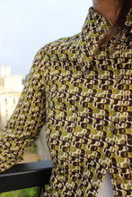Load image into Gallery viewer, '70s Wide Collar Petite Olive Print