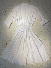Load image into Gallery viewer, Vintage Cotton Buttondown Maxi Dress Size L