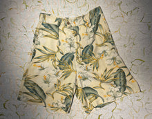 Load image into Gallery viewer, Silk Palma Wide Leg Shorts Size 8