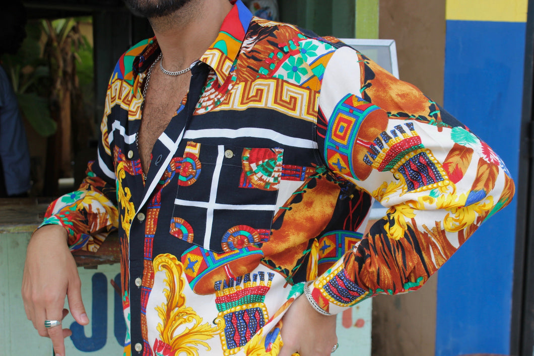 '90s Miami Bold Buttondown
