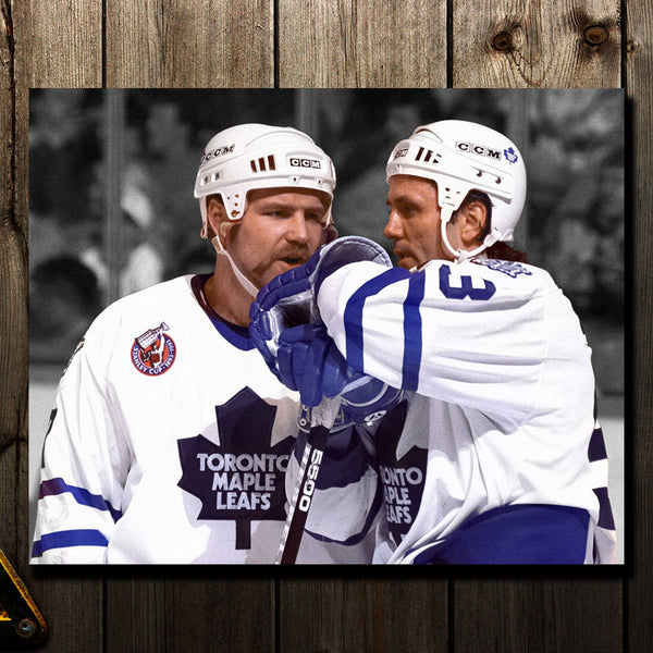 Wendel Clark Pre-Order Toronto Maple Leafs Autographed 16x20 (3)