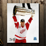Brett Hull Pre-Order Detroit Red Wings Autographed 8x10 (1)
