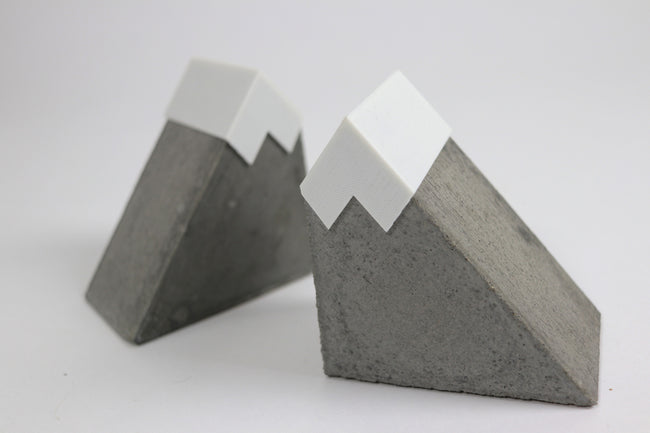 Mountain Bookends