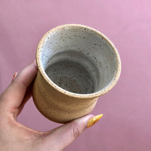 SANDY RAW CLAY TINY CUP