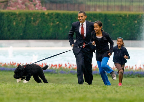 president obama with dog and kids