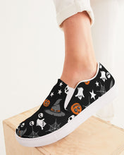 Load image into Gallery viewer, Halloween All Sorts Women's Slip-On Canvas Shoe