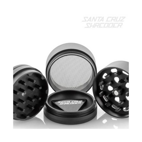 Santa Cruz Shredder 4-piece Grinder Black kief catcher