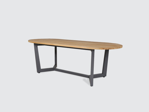 Cowes_Dining_Table_CoveOutdoor_DawsonandCo