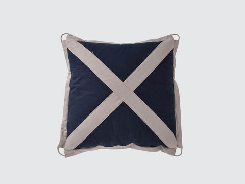 Signal_Cushion_DawsonandCo_TimothyOulton_Mile