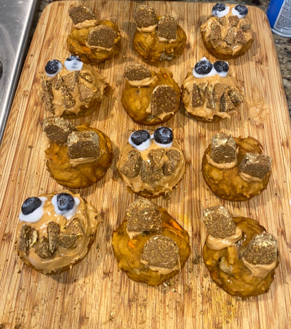 Gut friendly, allergy friendly and sustainable pumpkin muffin dog treats made with our original dog treats