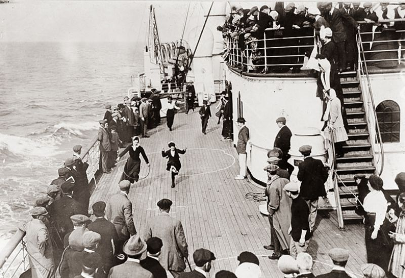 1911 playing games on a passenger ship