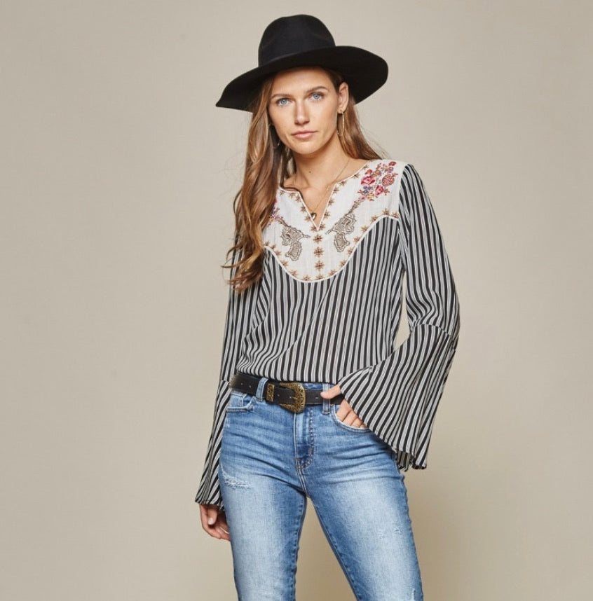 Savanna Jane Pistol Embroidered Top Shirt Stripes Bell Sleeves