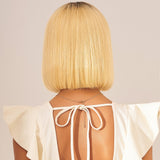 Courte Perruque naturelle blond platine