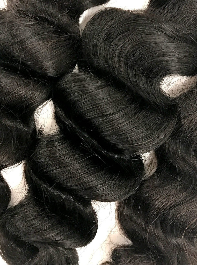 "8A Malaysian 3 Bundle Set Loose Wave w/ 4""X4"" Lace Closure"