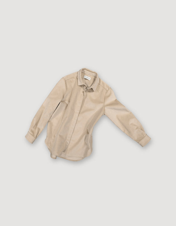 Beige shirt made from sturdy corduroy with hidden buttons and sleek look